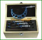 MIB 01019023 Precíziós Mikrométer Készlet 200-300mm (4db)